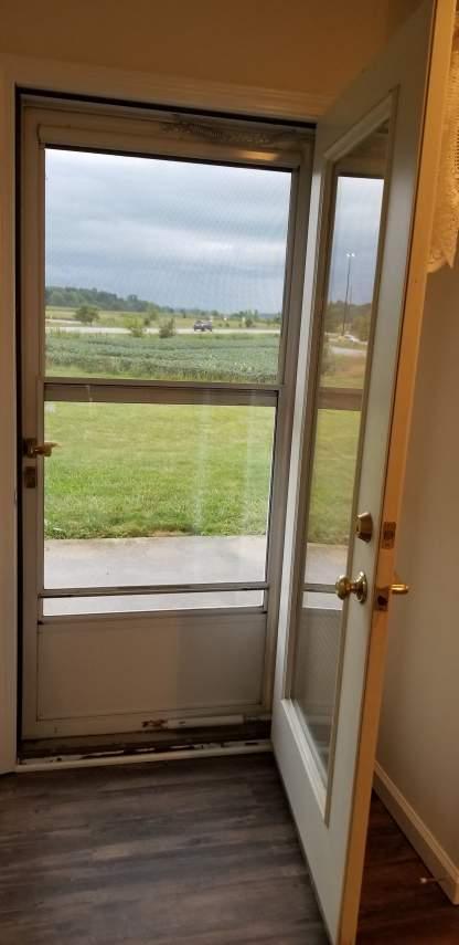 10-back-door